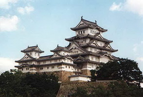 Замок в Химеджи (Япония, 14 в.)
