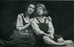 Н.И. Забела и Т.С. Любатович - исполнительницы главных ролей в опере Э. Гумпердинка Гензель и Гретель