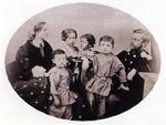 Отец художника А.М. Врубель и его вторая жена Е.Х. Врубель с детьми от первого брака. 1863. ОР ГРМ, ф. 34, ед. хр. 73, л. 1